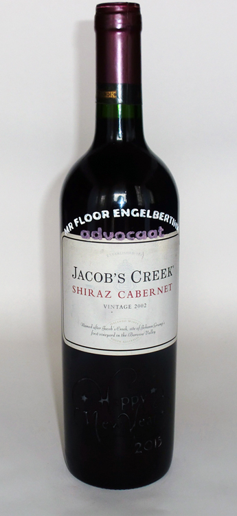 Happy New Year gegraveerd op Jacob's Creek Cabernet