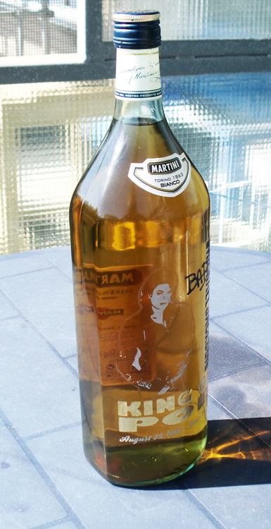 Michael Jackson engraved on Martini Bianco 150cl