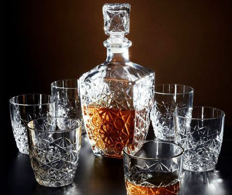 Bormioli Rocco Dedalo Whiskey Decanter with 6 whiskey glasses