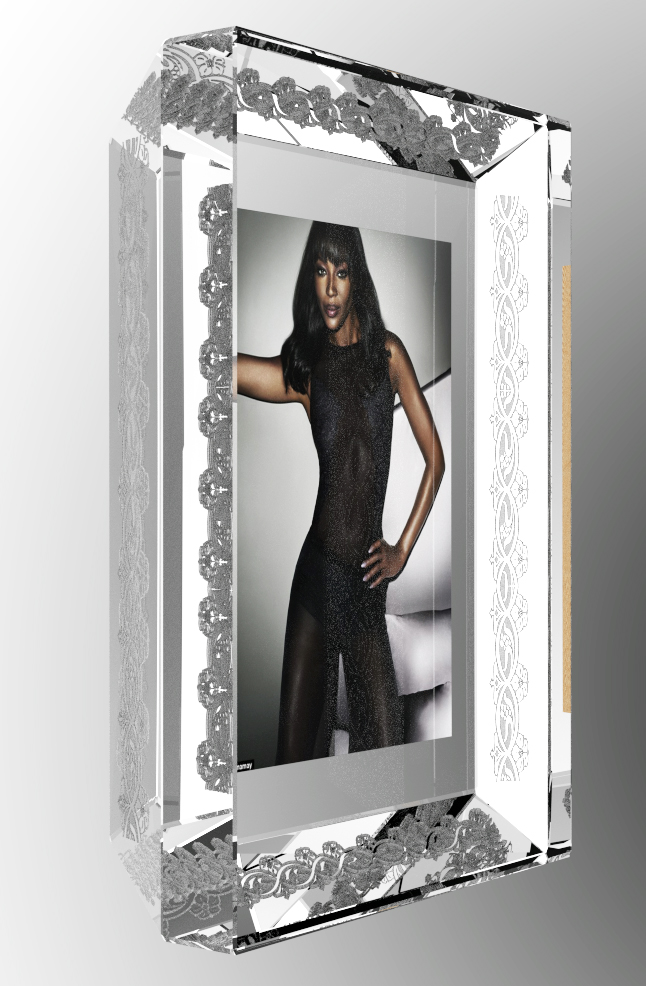 Engraved chamfer photo frame